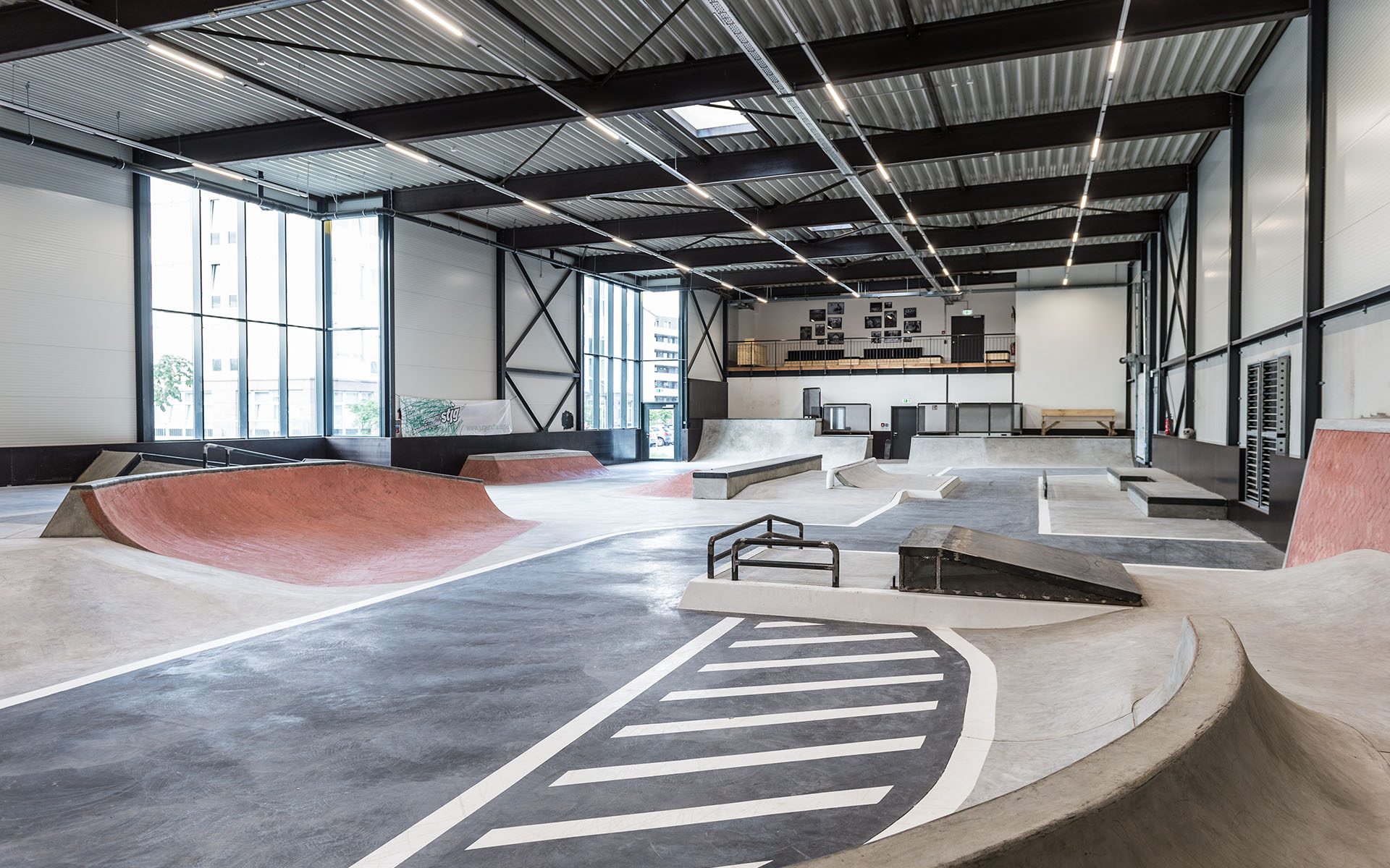 750 qm Indoor SkateplazaWelcome To STUTTPARK